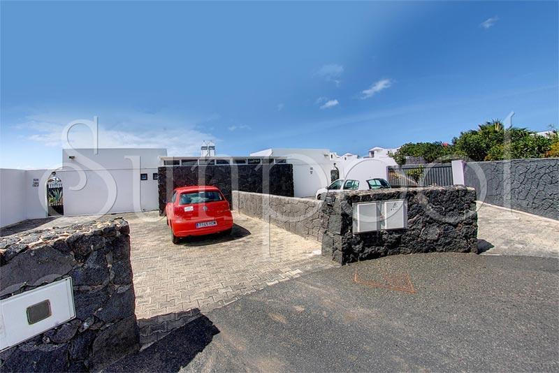 Villa volc n alquiler de villas en lanzarote for Villas en lanzarote con piscina privada